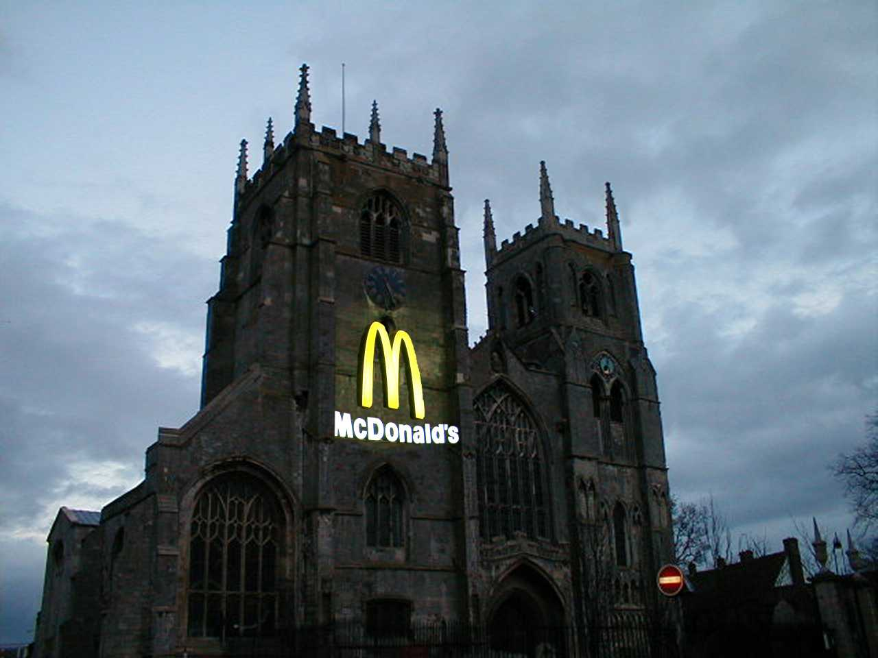 McDonalds Church - Quelle: http://randomperspective.com/images/mcdonaldschurch.jpg